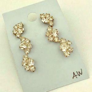 Jewelry - Vintage rhinestone earrings for pierced ears